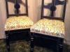 Vackra stolar klädda med tyg från William Morris